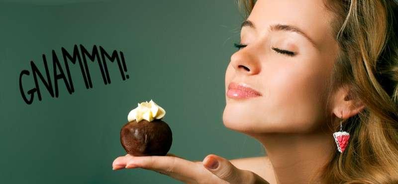 Odorare il cibo farebbe aumentare di peso!